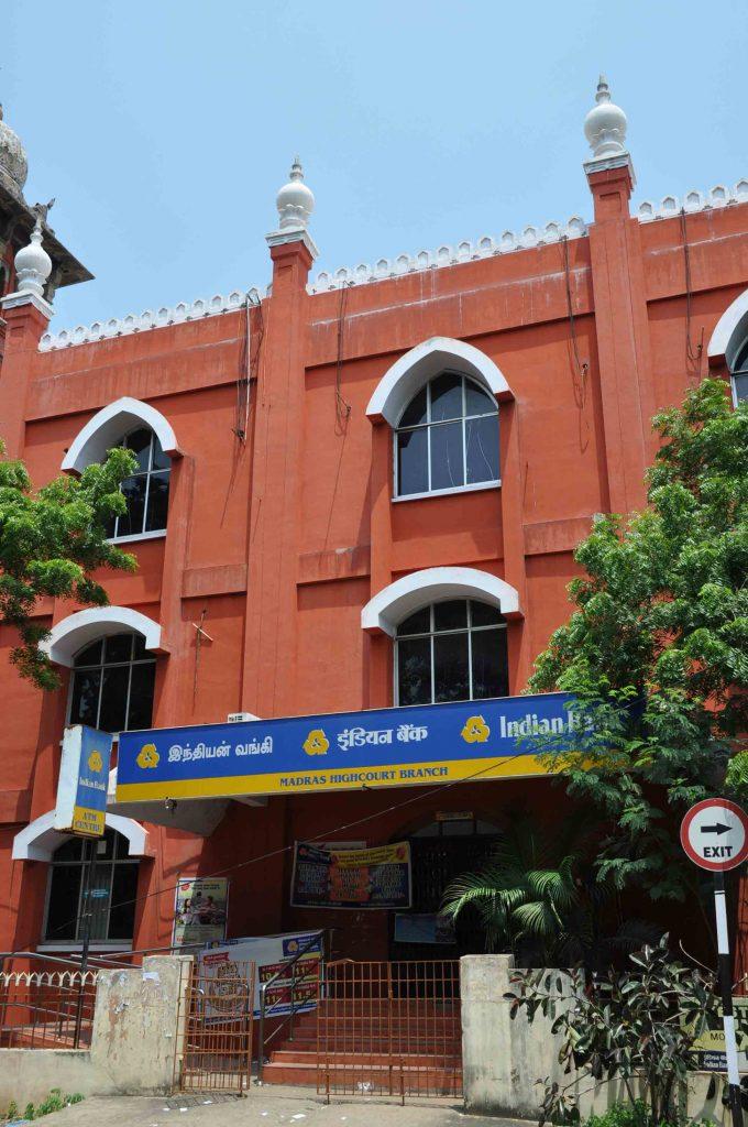 10---3-Floor-bank-post-office-building