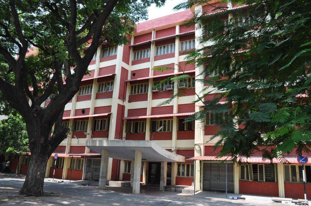 3---4-storey-mahila-court-building-